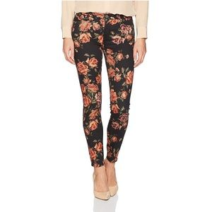 Ankle In Needle Point Skinny Jeans